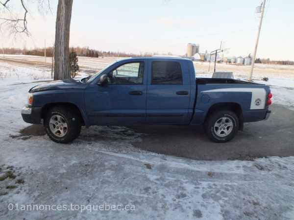 camion 2005 Dodge Dakota slt Pickup Truck